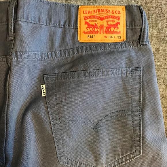 269885af423 Levi s 514 34x32 light blue jeans 10 10 condition